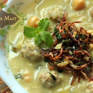 Ash-e-Mast (Yogurt Soup with Meatballs – Persian Style)