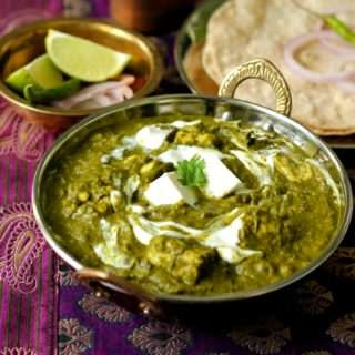 Palak Paneer ~ Cottage Cheese in a Spinach Gravy