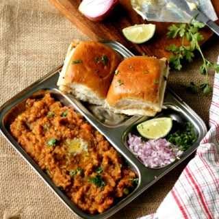 Pav Bhaji ~ Mumbai Street Food